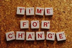 """Mit """"Die Kunst, Entwicklungsprozesse zu gestalten"""" hat Hans-Georg Huber ein Grundlagenbuch für erfolgreiches Change-Management geschrieben."""